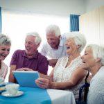 Individuelle Gruppe von Senioren